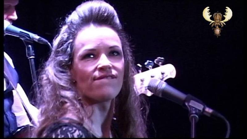 Erja Lyytinen - slide stormSpoonfull - Live in Bluesmoose café (radio)