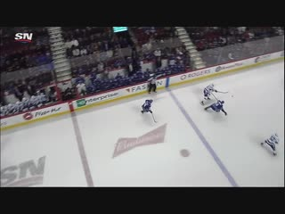 Gotta see it_ danick martels great no-look spin pass leads to great paquette go