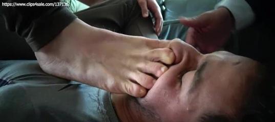 Feet Licking Vk