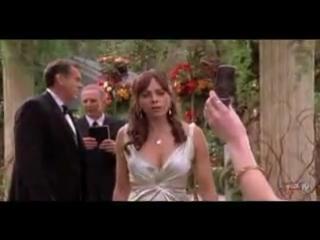 Кевин Сорбо и Мелинда Кларк в сериале THE O.C.