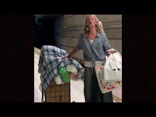Бездомная россиянка спела оперу в метро америки