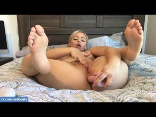 Manyvids – aria allure – foot fetish anal gaping [anal, solo, masturbation, toys, girl, tits, ass, fingering]