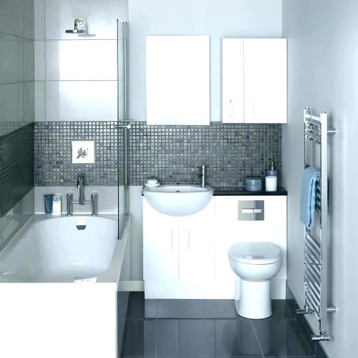 интерьер квадратной ванной