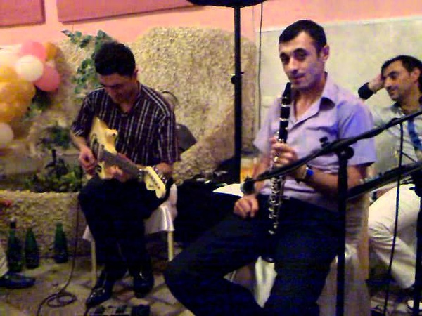 Виртуоз Гитарист Майр и лучщий кларнетист Армен 03072011