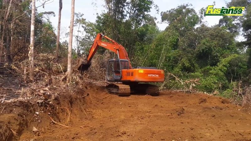 Hitachi Zaxis 200 Excavator Works to Build a Road Near Mount Halimon