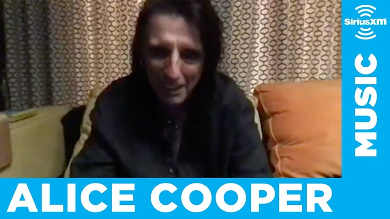 Alice Cooper Changed 'Don't Give Up' to Reflect the Pandemic