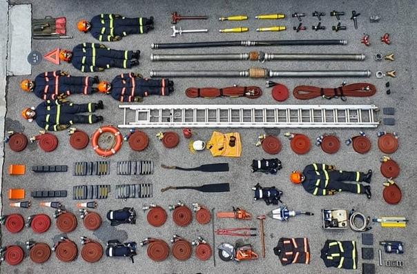 Tetris Challenge забавные фотографии с акции, устроенной пользователями соцсетей по всему миру От Швейцарии до Сингапура полицейские, пожарные и врачи скорой помощи складывают свои рабочие