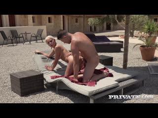 Julia parker debuts with poolside fuck порно porno русский секс домашнее видео brazzers porn hd