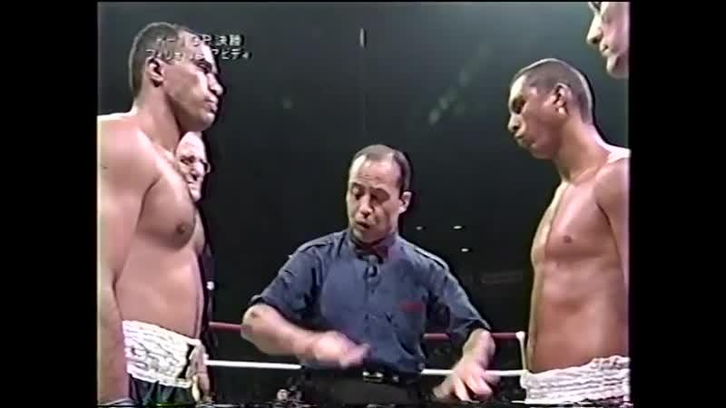 13 2000 08 10 Francisco Filho vs Cyril Abidi K 1 World Grand Prix 2000 in Yokohama Final