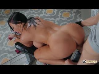 Fuckstyle Wrestling - Sybil Stallone (LilHumpers) | Stepmom, Mom, Зрелеая Мамка, Big Tits, Üvey Anne Altyazılı Porno İzle