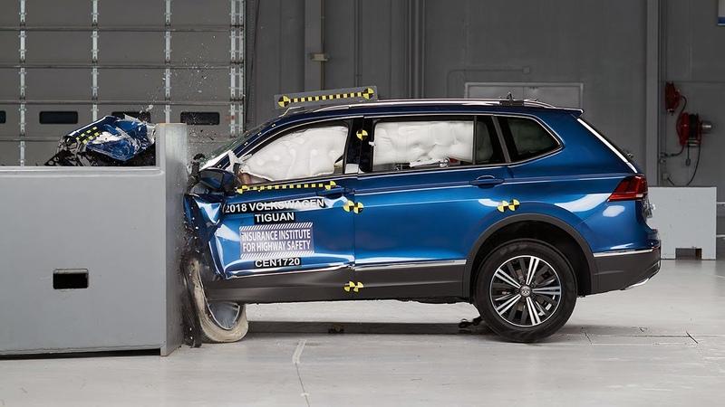 2018 Volkswagen Tiguan driver side small overlap IIHS crash test