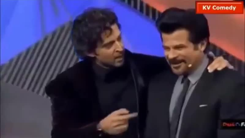 Anil Kapoor Sir Hrithik Roshans funny moment on stage in an award show - - AnilKapoor HrithikRoshan - - Link -
