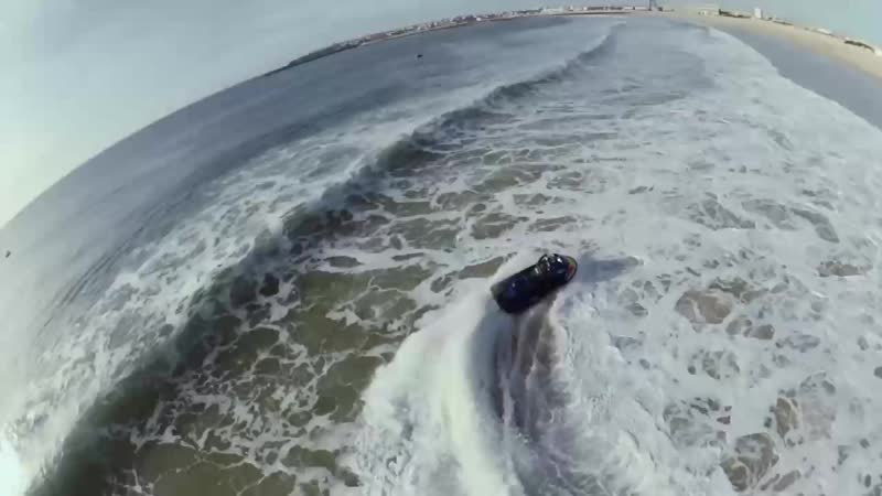 Bodyboard vs Surf Red Bull Tow Out Session