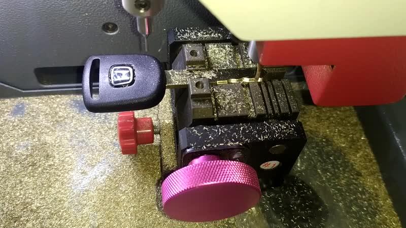 Honda Civik 5 D восстановлене ключей после утери всех ключей
