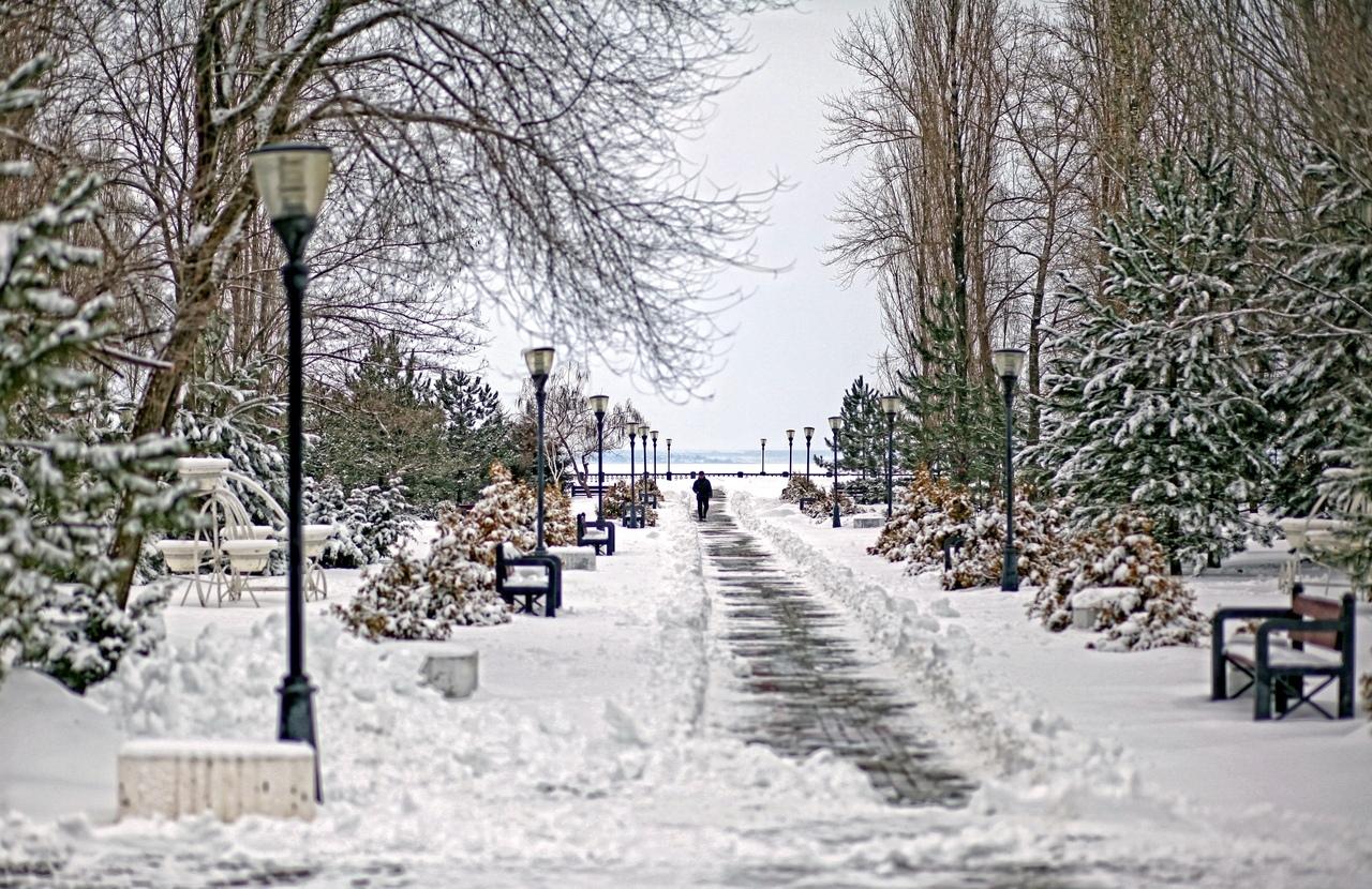 В Таганроге вновь ожидается снегопад, метель, снежные заносы и ветер 21 м/с