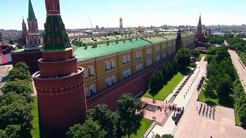 ВАлександровском саду завершилась памятная церемония приуроченная кскорбной дате началу Великой Отечественной войны Новости Первый канал