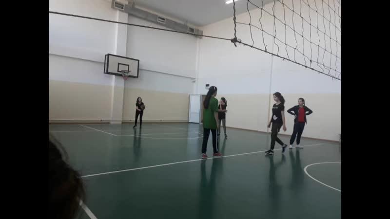 Ұлы Абай Құнанбайұлының 175 жылдығына орай 7-10-сынып қыздар арасында волейболдан мектепішілік жарыс
