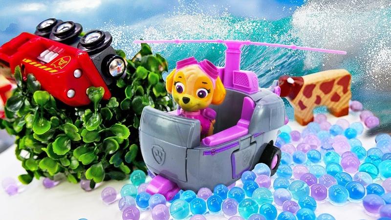 Salvamos un ferrocarril de juguete con la Patrulla Canina Juegos de construcción Vídeo para niños