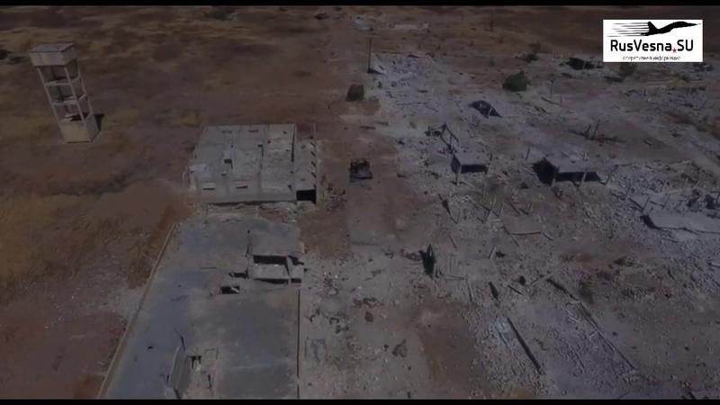 Жуткие кадры дороги смерти: ВКС и САА сожгли колонну техники боевиков в зоне Идлиб