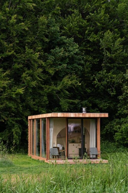 Компактная кабина для отдыха на природе