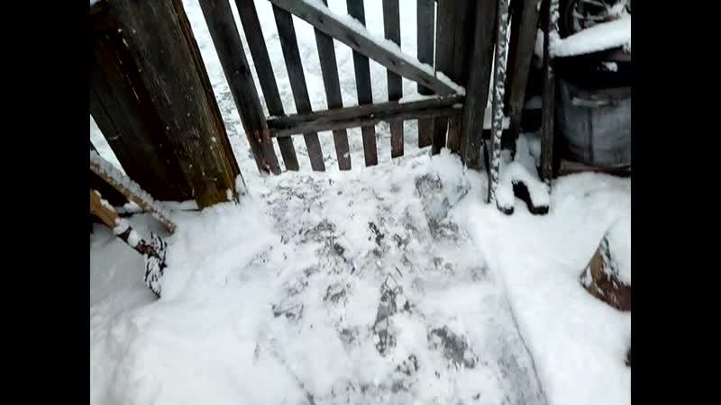 Снег снег белый серебристый пока от котельной не насыпало бяки