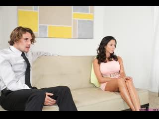 Милфа учит парня правильно трахать(Ariella Ferrera,Cassidy Klein,инцест,milf,минет,секс,анал,мамку,сиськи,brazzers,порно,зрелую)