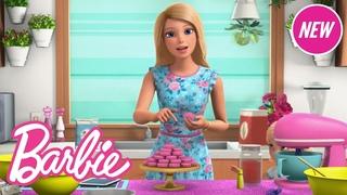 How to Make Macarons Tutorial! | Barbie Vlogs