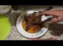 Y2mate - Самое вкусное лучшее мясо Антрекот Котлета Корейка вырезка на ребре жареная в чугунном казане_360p