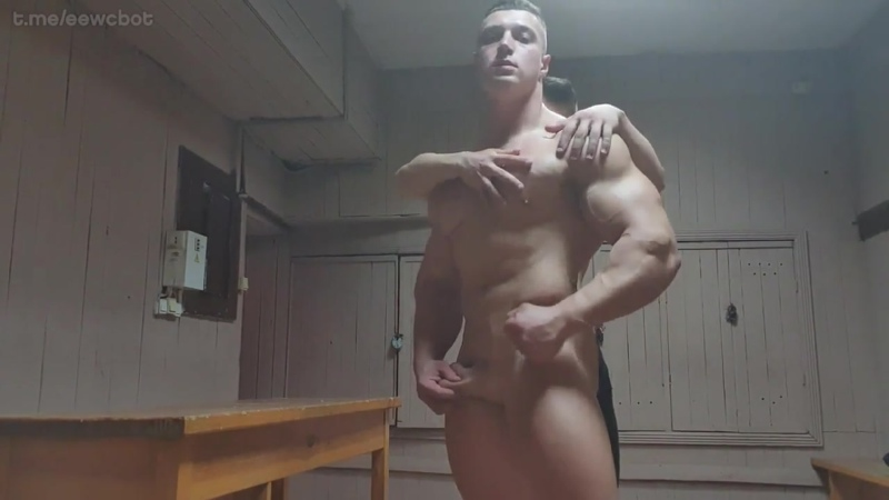 Родные братья зарабатывают на жизнь (русское гей порно