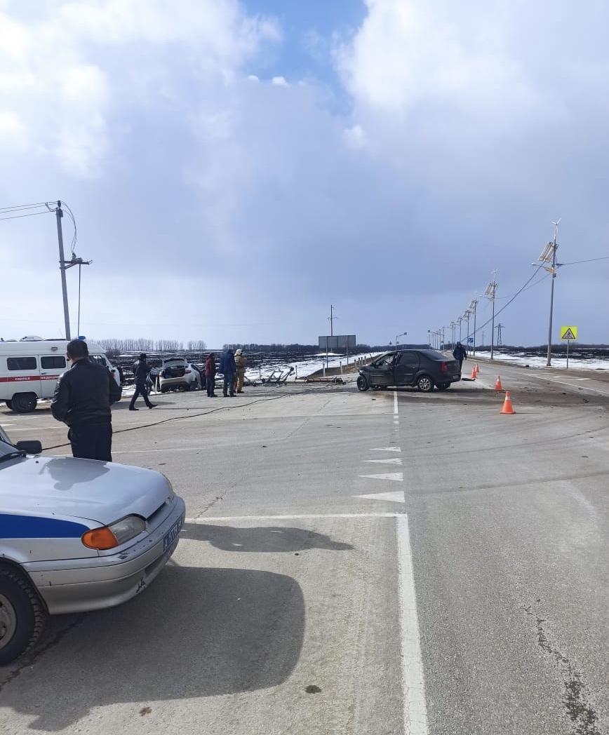В ДТП на курской трассе пострадали пять человек