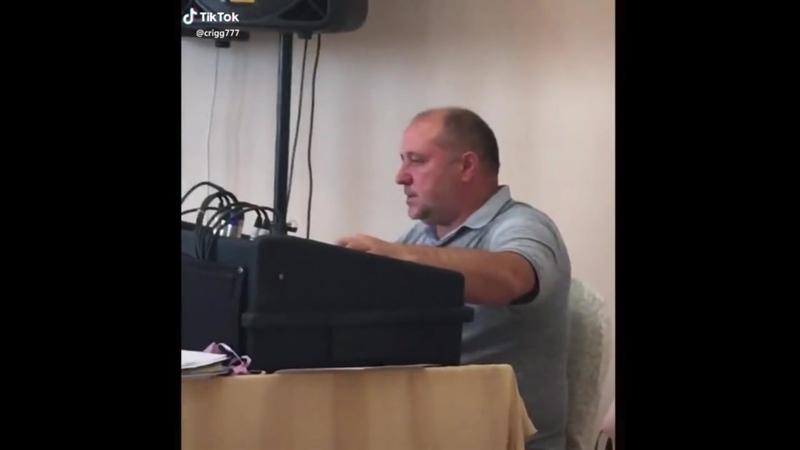 Дрыц-тыц холодильник.. | #TikTok (видео приколы) #Звукорежиссёр