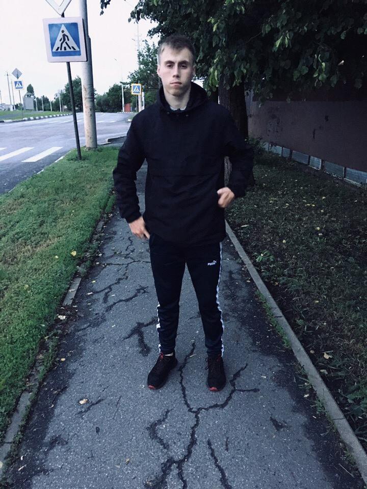 Данил, 19, Gubkin