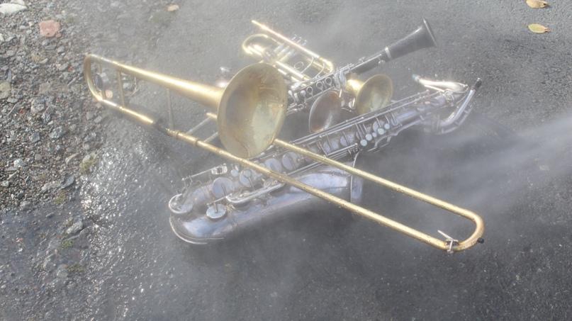 Сцена с «заводнением» духовых инструментов
