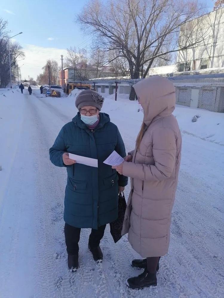 Соцработники Петровского района проводят мероприятия, направленные на профилактику гибели и травматизма детей