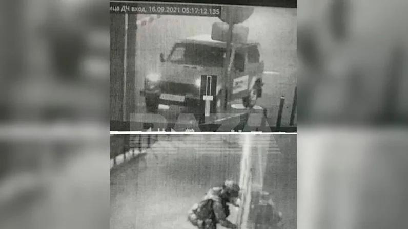 Обострение у придурков! Напал на полицию и убил женщину и двоих детей