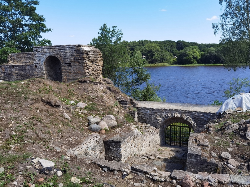 Старая Ладога. Внутри крепости