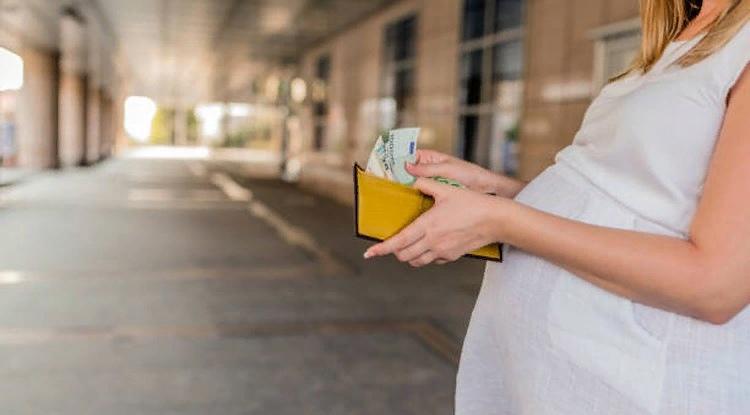 Минтруд объявил об изменении правила «нулевого дохода» для беременных