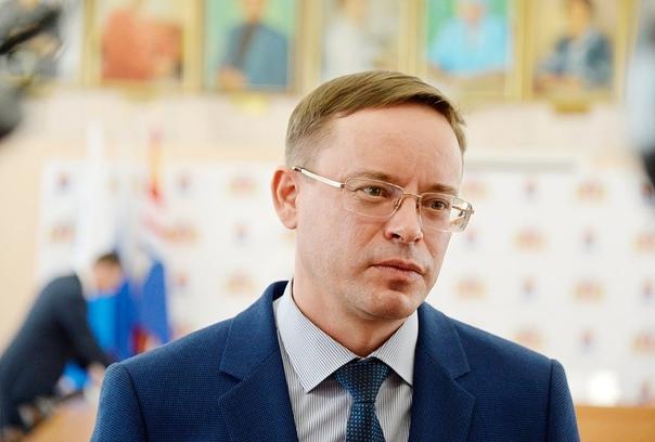Сегодня у главы Каменска-Уральского Алексея Гераси...