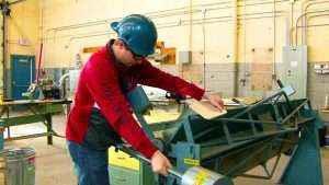 Работа с листовым металлом