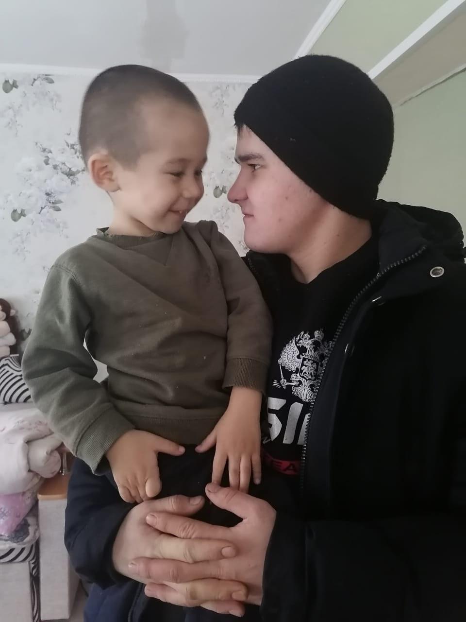 Вадим, 19, Verkhniye Kigi