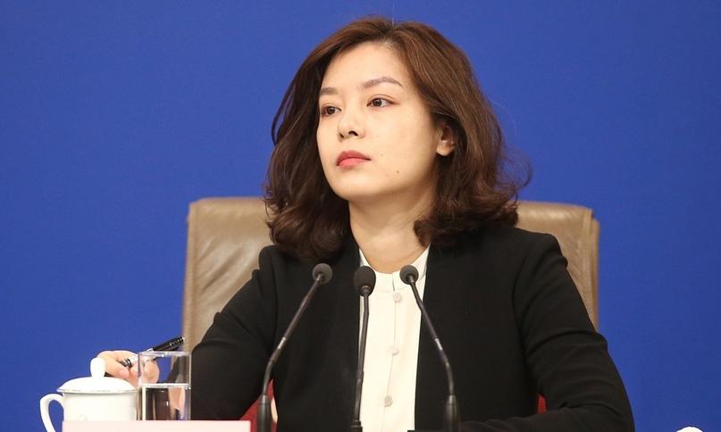 Чжан Цзин «самая красивая переводчица Китая»