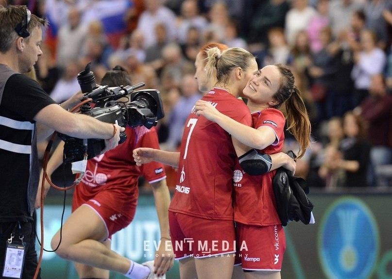 Усталость — не радость. Сколько матчей к 26 годам провели Анна Вяхирева и Дарья Дмитриева?, изображение №8