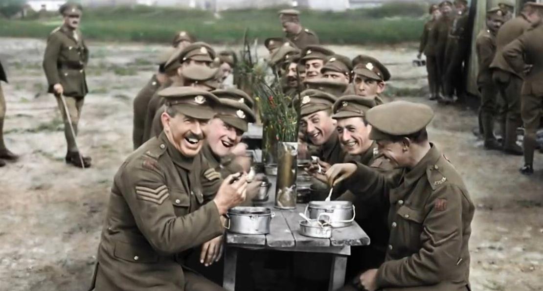 Британцы обедают на передовой