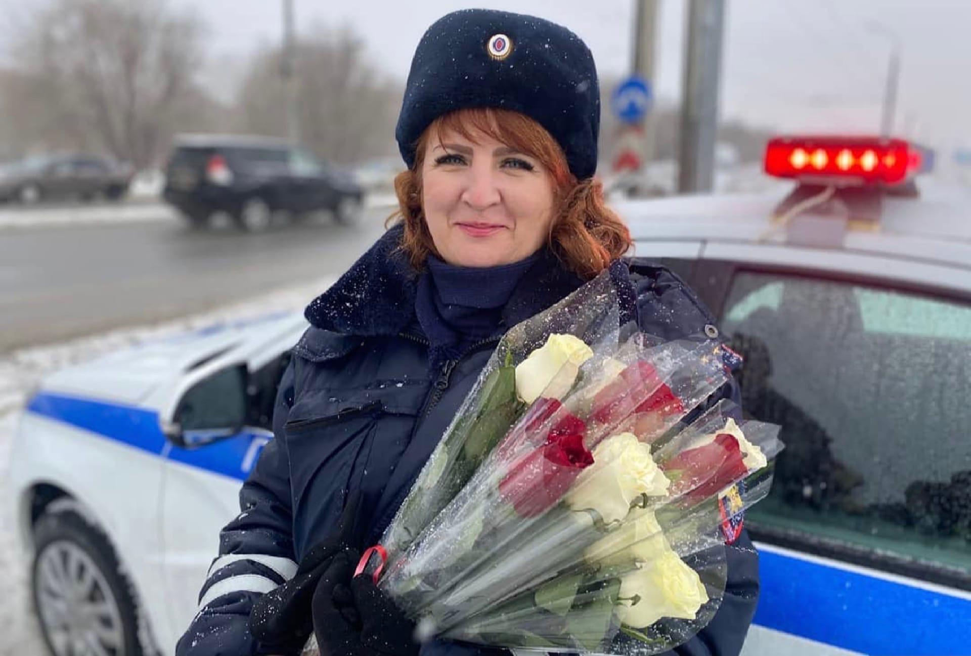 Отличного настроения желает всем ГИБДД Тольятти