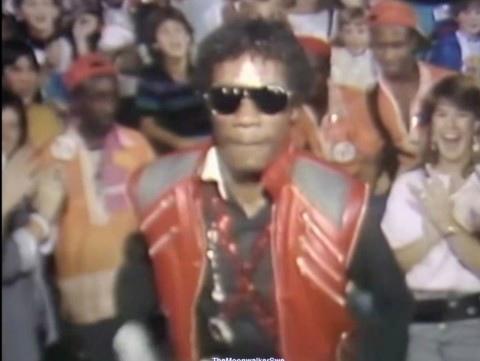 Альфонсо Рибейро - первая мини-версия Майкла Джексона., изображение №26