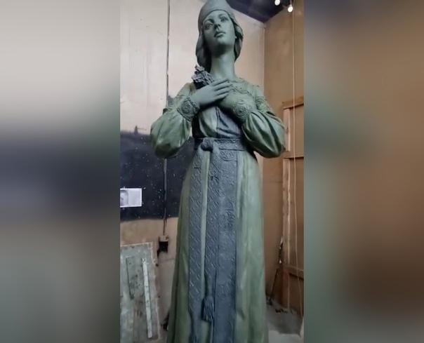 Новый памятник Алёнке в Нововоронеже могут установ...