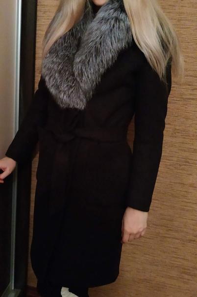 Продам пальто 42-44р. 10 000р. Новое, мех чернобурки. Оче...
