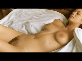 Marion Cotillard Nude - Les jolies choses (Pretty Things, 2001) Watch Online / Марион Котийяр - Миленькие штучки