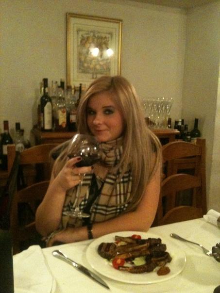 Загадочное убийство Вики Теслюк. Талдомский район (Московская область), 26 марта 2011 года. Перед тем, как отправиться жить на Кипр, Роберт Теслюк, топ-менеджер «Лукойла» (если точнее,