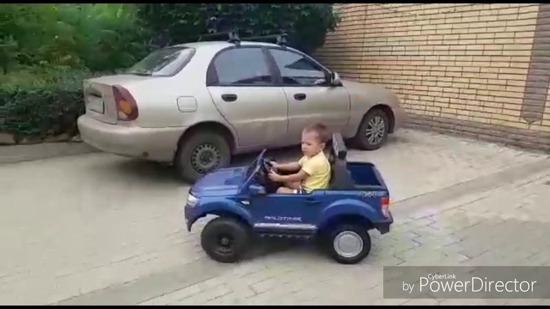 Машинка из гироскутера